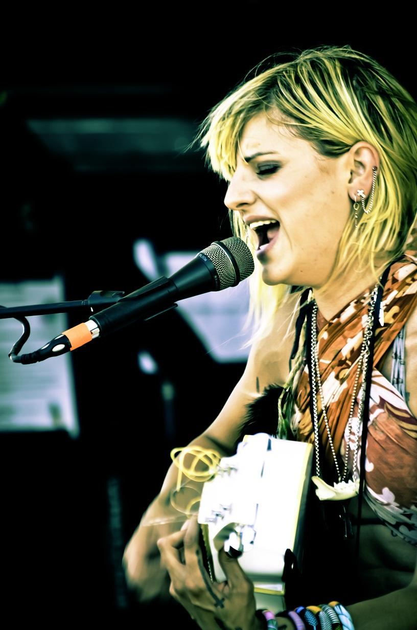 Juliet Simms Warped Tour